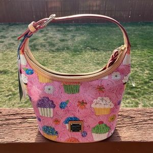 NWT Dooney & Bourke Cupcakes Pink Bucket Bag
